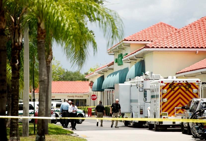 Escena del tiroteo en un Publix de Florida.