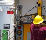 Pedro Pierluisi veta una resolución que aplazaba la entrada en vigor del contrato con LUMA Energy