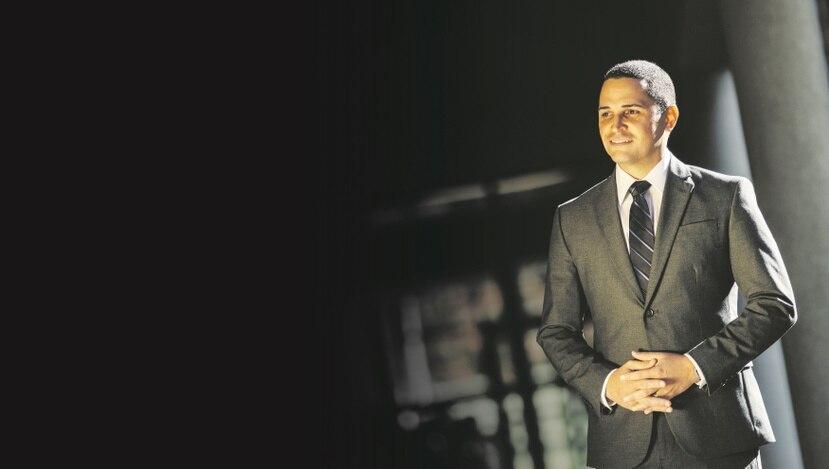 Javier Ávila fue reconocido en 2015  como Profesor  del Año por el Northampton Community College, en Pensilvania, donde enseña inglés.