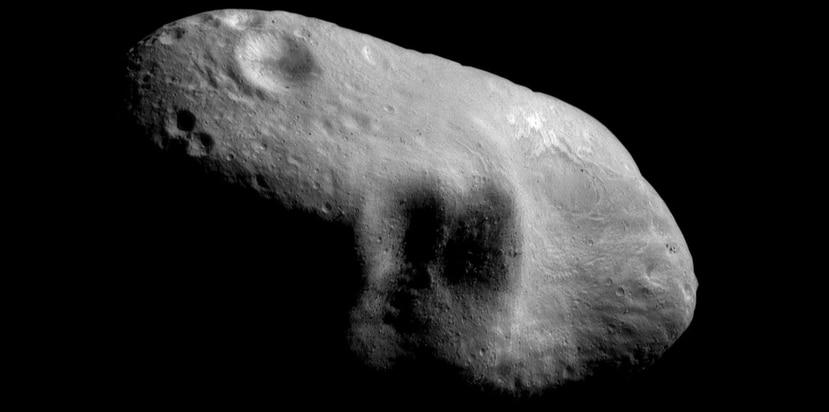 Es normal que algunos asteroides sorprendan al ser detectados de manera tardía, pues no es nada fácil encontrar una pequeña roca espacial a grandes distancias. (The Associated Press)