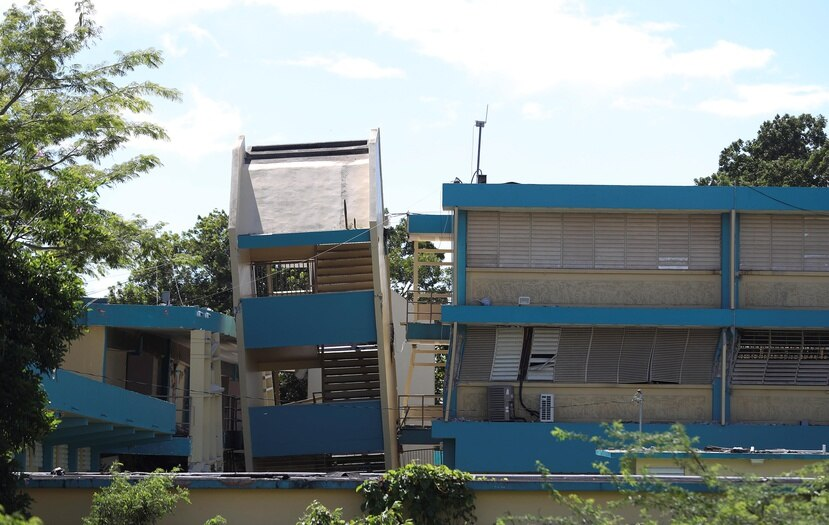 La escuela Agripina Seda, en Guánica, colapsó a causa del terremoto del 7 de enero. (GFR Media)