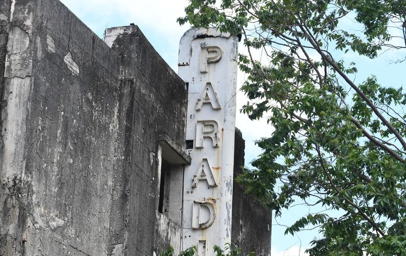 La Junta Comunitaria propone realizar el proyecto e rehabilitación del Teatro Paradise en tres fases, luego de adquirir el inmueble y establecer una corporación cultural sin fines de lucro. (GFR Media)