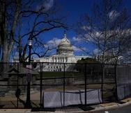 Incidente letal en el Capitolio federal podría demorar el retiro de la valla de seguridad