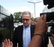 Alberto Velázquez Piñol ha alegado que su celular fue ocupado ilegalmente, en violación a su derecho bajo la Cuarta Enmienda de la Constitución de Estados Unidos.