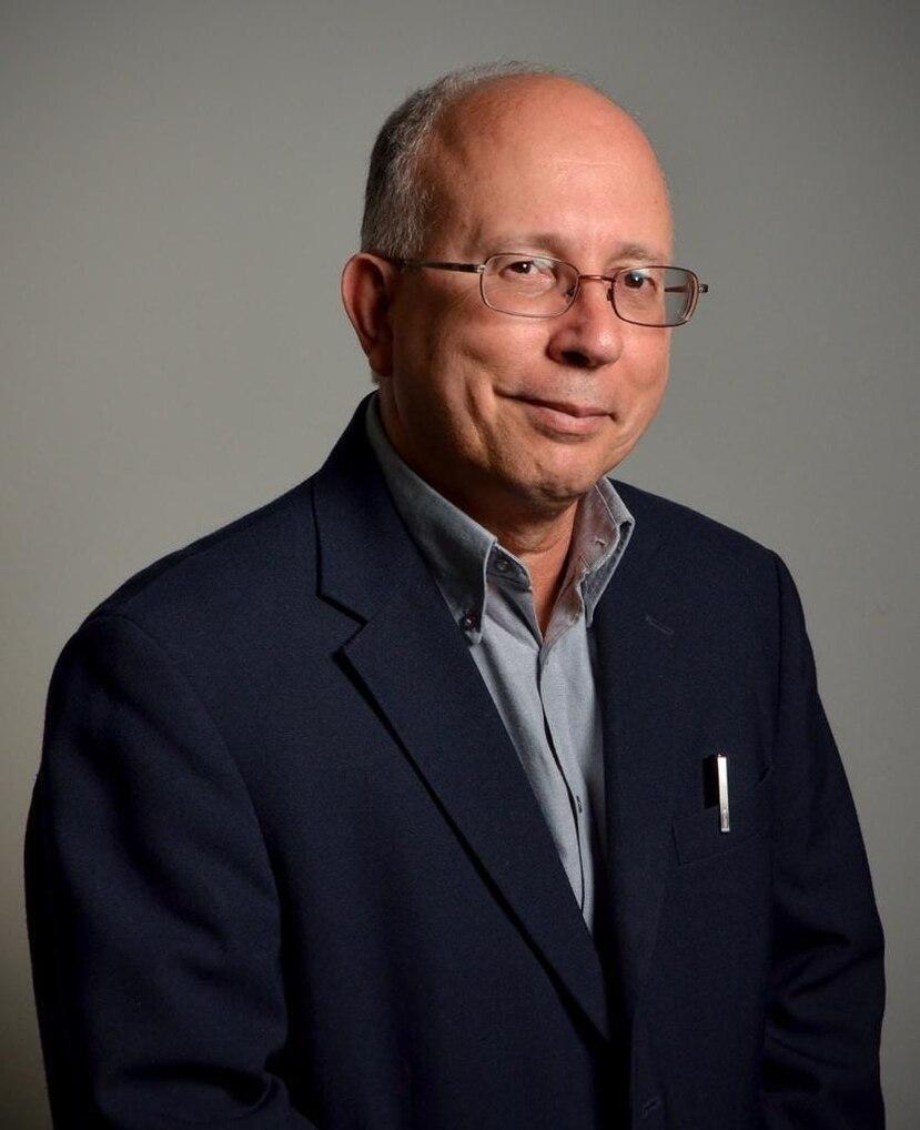 César A. Vázquez Muñiz, candidato a la gobernación por el Proyecto Dignidad.