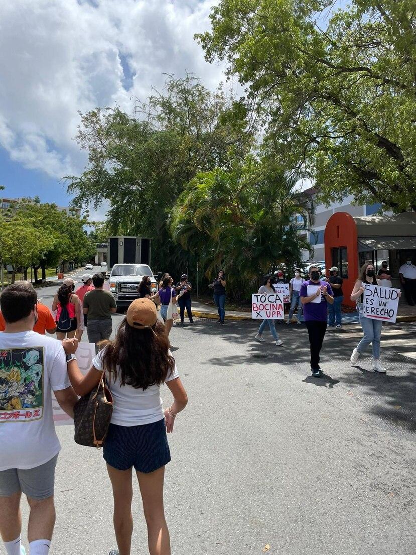 Estudiantes del Recinto de Ciencias Médicas de la Universidad de Puerto Rico realizarían manifestaciones frente al edificio principal del campus, en Río Piedras, así como campañas en redes sociales.