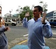 Los demandantes del caso son el ingeniero en computadoras Manuel García Castro y la diseñadora de ropa Anixa Santiago.