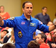 """Joseph Acabá: """"Si recibo la oportunidad de ir a la Luna, todos ustedes viajarán conmigo"""""""