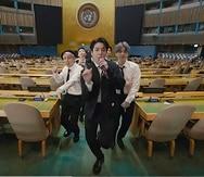 """BTS grabó una nueva versión en video de su éxito """"Permission to Dance""""."""