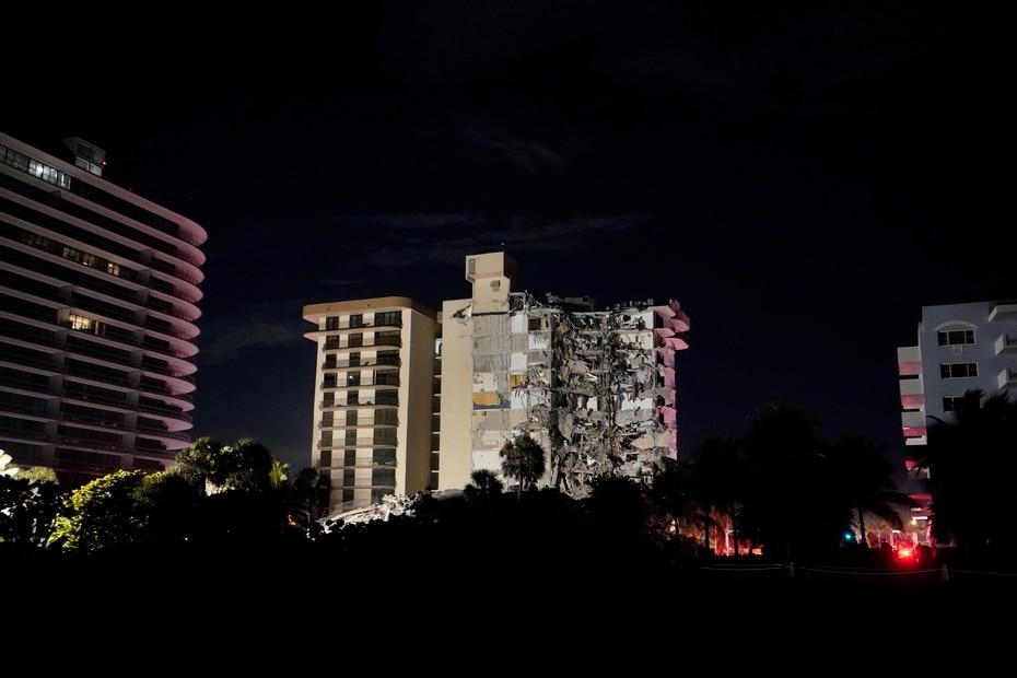 En la zona hay una combinación de departamentos, viviendas unifamiliares, condominios y hoteles viejos y nuevos.