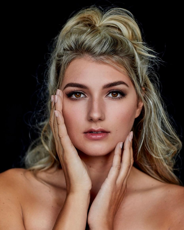 Holanda, Denise Speelman, 24 años.