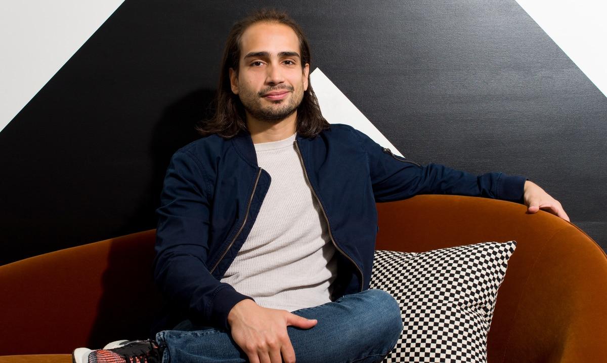 Emprendedor boricua lanza empresa digital de alquiler de muebles en Nueva York
