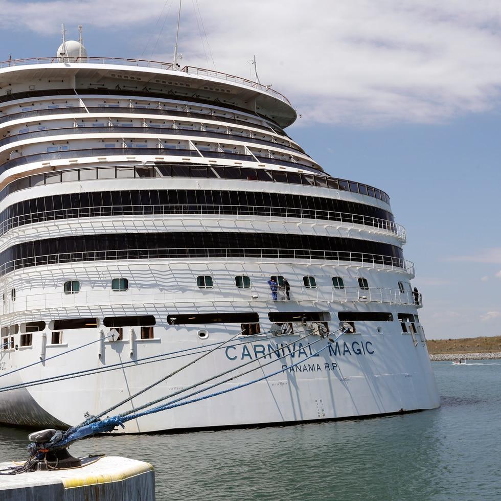 Florida demanda al gobierno federal para que permita que los cruceros puedan navegar