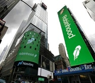 El logo de Robinhood Financial LLC, se vio hoy en Nueva York tras el lanzamiento de su oferta pública inicial en la Bolsa de Valores.