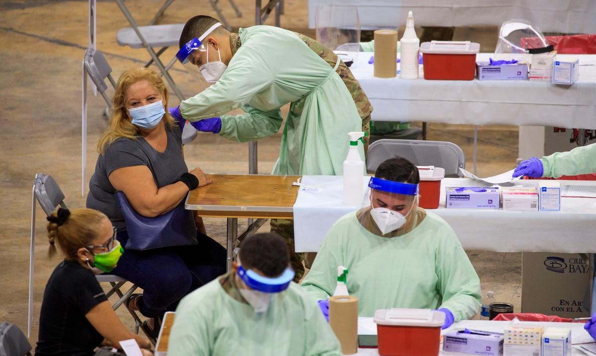 Alcaldes y epidemiólogos cuestionan la metodología que usa el Departamento de Salud para medir contagios