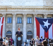"""Governor Pedro Pierluisi swears in: """"I need you all"""""""