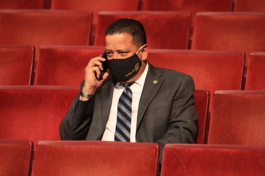 El comisionado del Negociado de la Policía, Henry Escalera, también estuvo presente durante el mensaje.