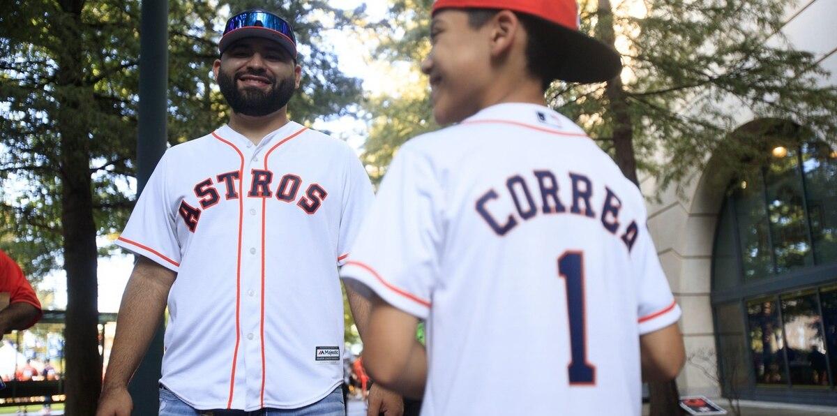 Fanáticos de Houston no pierden la esperanza de que Correa se quede con los Astros