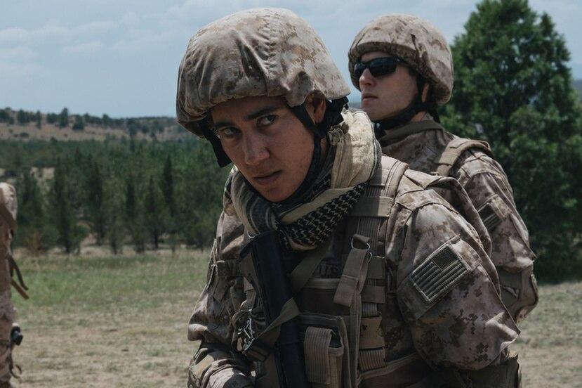 """Vico Ortiz interpreta al Sargento Ortiz en la nueva serie de Amazon Prime Video """"S.O.Z. Soldados o Zombies""""."""