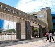 El aumento de 2.49 centavos en la factura de luz fue solicitado por LUMA Energy,  a nombre de la Autoridad de Energía Eléctrica, según  las disposiciones  del contrato entre ambas entidades.