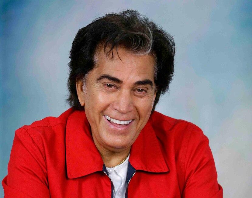 """José Luis Rodríguez """"El Puma""""  se recupera de la cirugía en su casa de Miami. (AP)"""