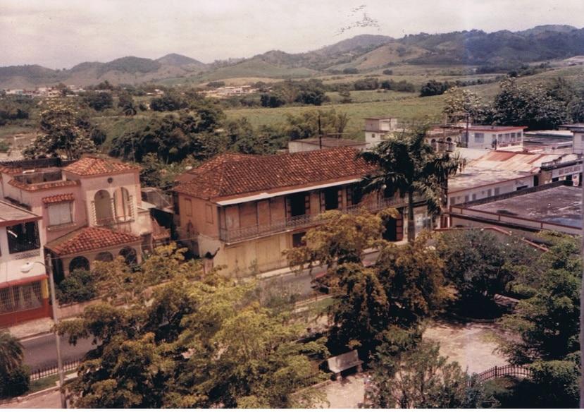 La Casa Ramos Machín se restaura junto a  personal del Municipio de San Lorenzo. (Suministrada)