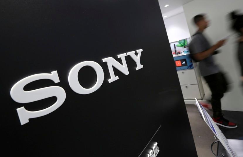 Sony elevó su pronóstico para el año fiscal a 800,000 millones de yenes ($7,700 millones) desde 510,000 millones de yenes ($4,900 millones).