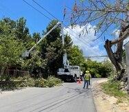 """El alcalde de Isabela, Miguel """"Ricky"""" Méndez, informó que varios sectores de su municipio ya entrarían mañana en su tercer día sin el servicio de energía eléctrica."""
