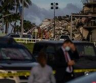 Imagen de los escombros que quedaron tras el colapso parcial de un condominio en Surfside, Miami.