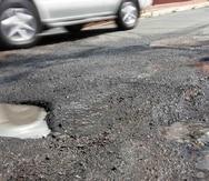 El dinero se usará para reparar las carreteras.