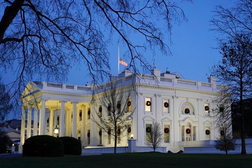 Los cambios de la Casa Blanca llegan justo cuando la JSF revisa, en un proceso de mediación, un nuevo pacto con los bonistas para reducirles los pagos acordados a principios de año.