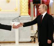 Embajador estadounidense en Moscú regresa a Washington en medio de tensiones entre ambos países