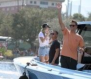 Tom Brady salió mareado de la parada acuática celebrada en Tampa