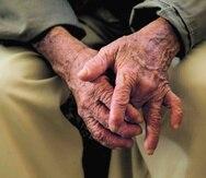 Según Pérez, los costos de servicio por cada envejeciente flutúan entre $1,200 a $3,000 al mes. (Archivo GFR Media)