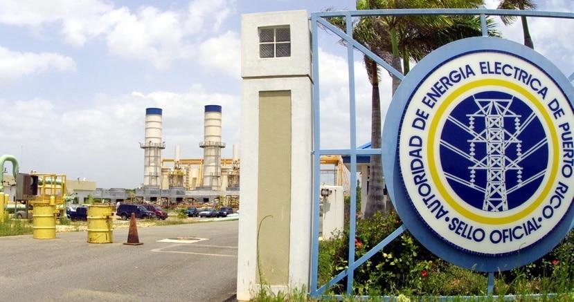 Imagen de la entrada de la central Cambalache, en Arecibo. (GFR Media)
