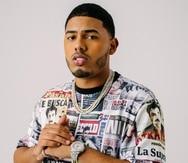 El cantante puertorriqueño, cuyo nombre verdadero es Michael Torres, se crió desde los 8 años en el residencial Quintana, en San Juan.