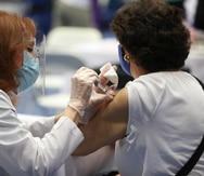 Faltan bolsillos de adultos mayores que no han sido vacunados