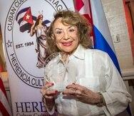 La escritora cubana Delia Fiallo hizo la carrera de Filosofía y Letras en La Habana y comenzó a escribir radionovelas en la capital cubana en 1949.