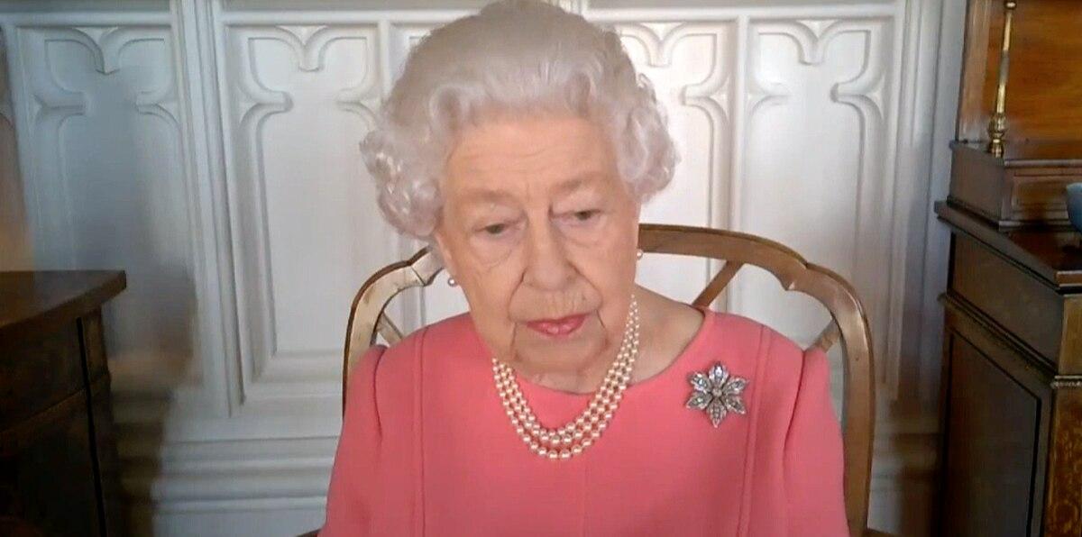 Inusual aparición virtual de la reina Isabel II