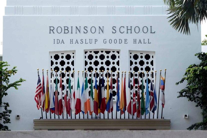 La institución privada informó que tomo la decisión de enviar a los estudiantes a casa como medida preventiva. (GFR Media)