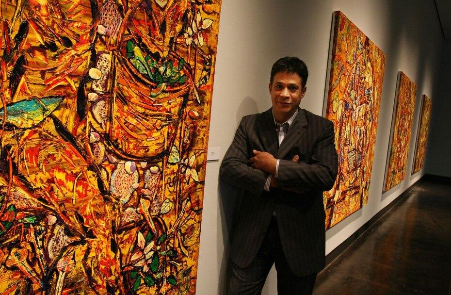Foto durante una entrevista previo a la apertura en 2008 de su exposición en J. Johnson Gallery en Jacksonville.