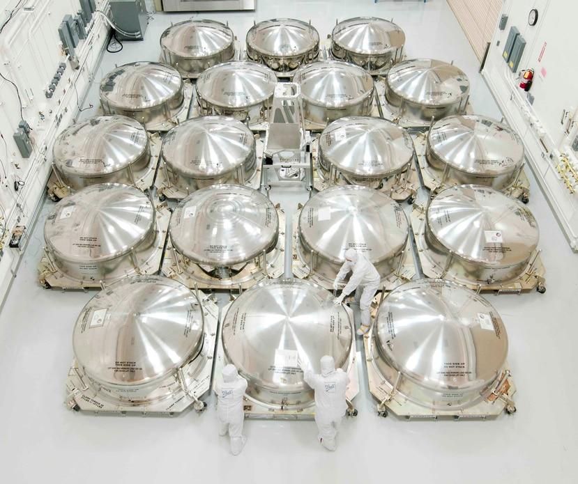Los espejos del telescopio James Webb Space podrán detectar la luz de galaxias distantes. (Suministrada / NASA)