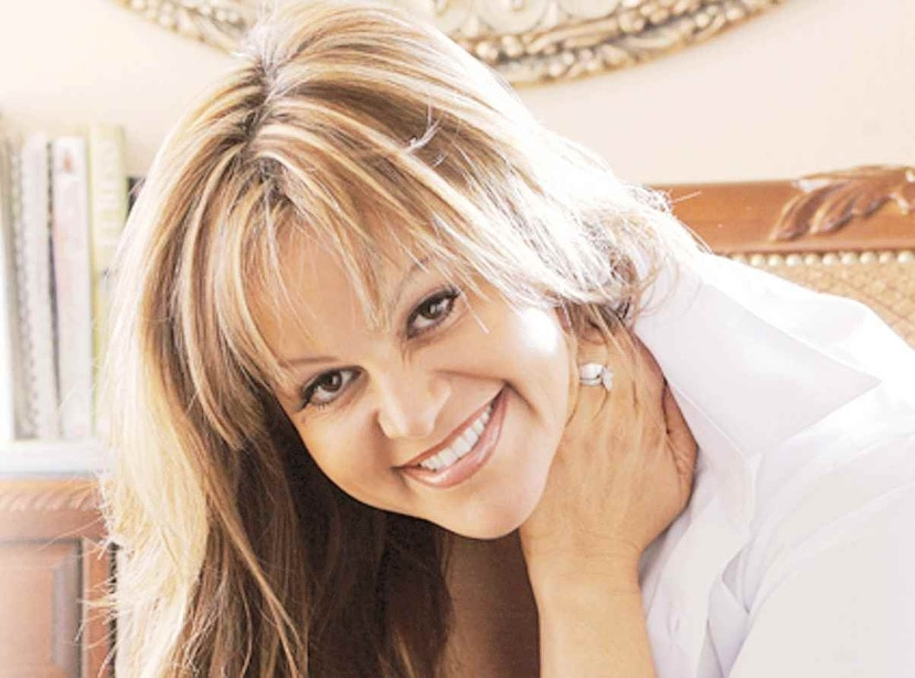 Rosie Rivera, hermana de la fallecida cantante Jenni Rivera (arriba), relata en su libro biográfico los abusos sexuales de parte de su padrastro, el uso de drogas y relaciones de todo tipo. (Suministrada)