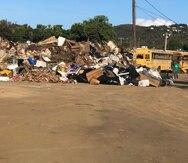 Al momento, el ayuntamiento ha sacado unos 27 camiones de basura del área.
