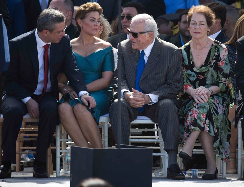 Los exgobernadores Alejandro García Padilla y Carlos Romero Barceló también participarán de la vista senatorial.