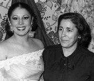 Doña Ana fue también artista como su hija, bailaora en varias compañías y se casó con el cantautor y letrista de flamenco Juan Pantoja.