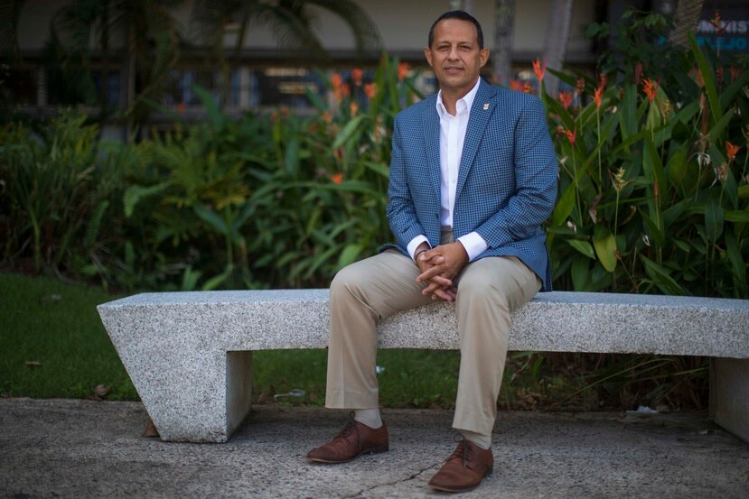 El alcalde de Aguadilla, Julio Roldan.