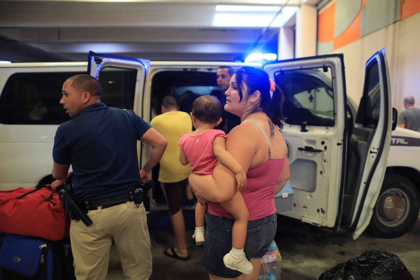 Más de 4,000 personas fueron rescatadas de zonas inundables en Toa Baja.