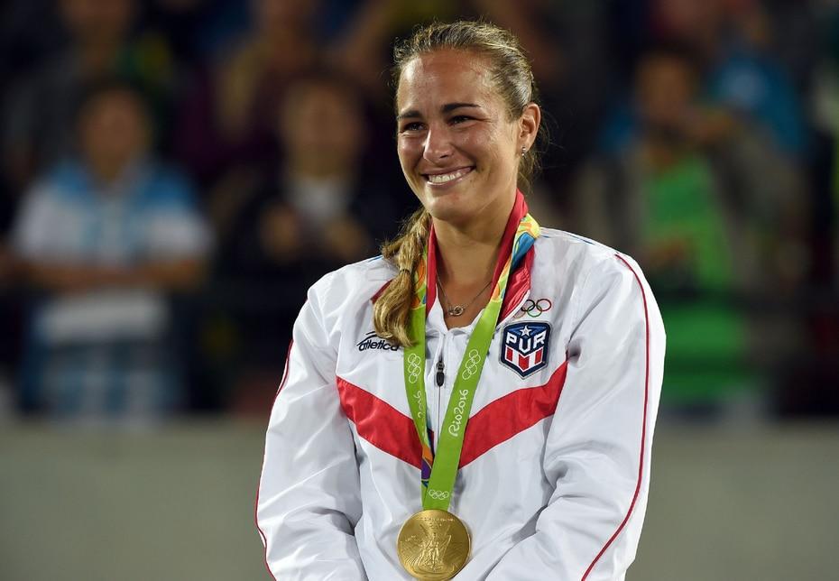 2016   La tenista Mónica Puig se convirtió en la primera atleta puertorriqueña en ganar una medalla de oro olímpica en los Juegos de Río de Janeiro, Brasil. (André Kang)
