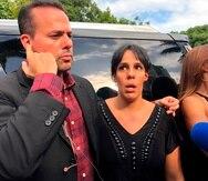 Los hijos del fallecido cantante mexicano José José, José Joel Sosa y Marysol Sosa hablan con periodistas durante una rueda de prensa. EFE/Antoni Belchi/Archivo
